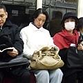 左二這位婆婆的長相實在是太日本了,忍不住偷拍