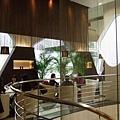 三樓是MIKIMOTO Lounge,下午茶時間處於客滿狀態