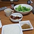 簡單的晚餐,老樣子不能沒有生菜沙拉~