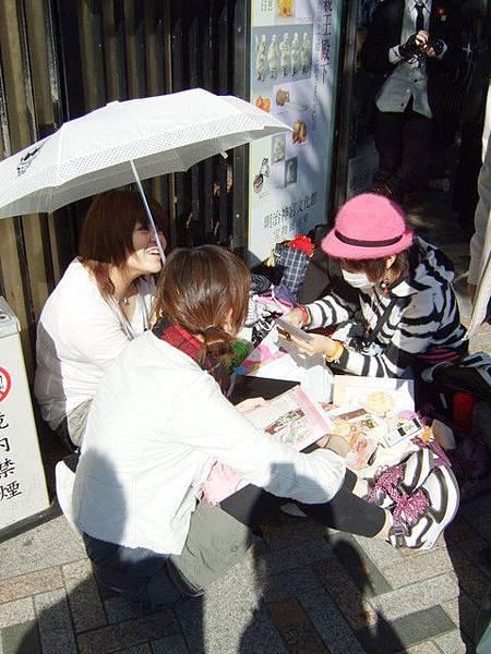 只要假日來明治神宮,就可以看到一堆cosplay聚集在前面呢