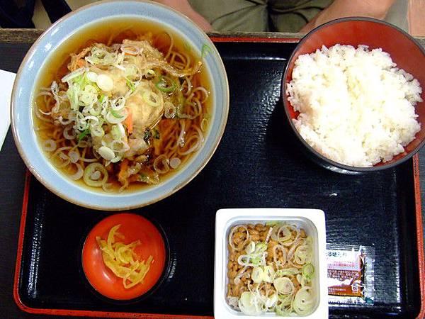 大叔的野菜天婦羅蕎麥麵+納豆白飯套餐