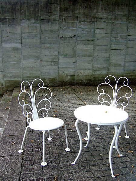 這二把室外椅很漂亮