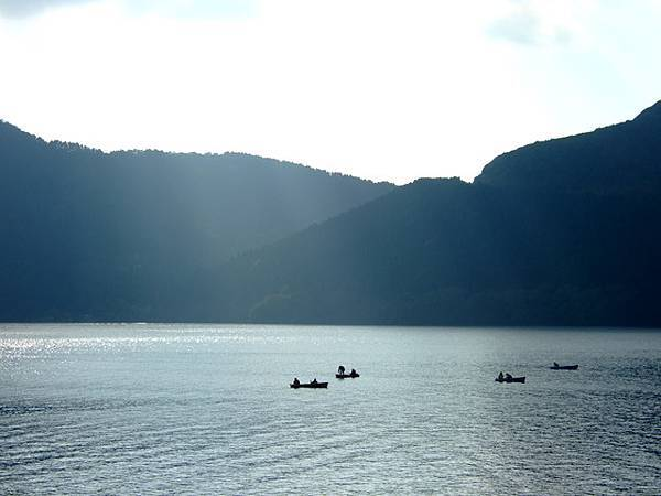 蘆ノ湖的湖上風光