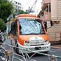 ハチ公巴士超可愛的唷,穿梭在代官山和渋谷一帶,票價是100円
