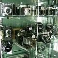還賣很多老相機喔,這家店真的好夢幻~