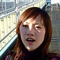 拉著行李過天橋走樓梯等等,到機場一路上折騰得我小命快休了我!