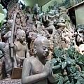 來到佛教國家,佛像雕刻當然是不可少的唷!