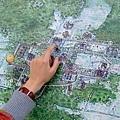 吳哥遺跡群範圍很廣,光一個遺址的佔地就很大!移動花了不少時間