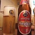 來到吳哥一定要喝看看Angkor Beer啊! usd1.5