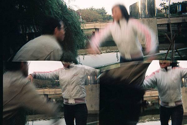 跳跳虎1.2號互相對撲 真是激烈兇狠啊