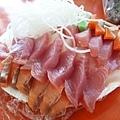 將將!為的就是這個!三十片厚切生魚片只要150元,超新鮮!