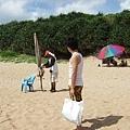 租了一支大陽傘300,附免費沖水