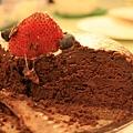 痣好飯店裡賣的古典巧克力蛋糕,口感札實甜度適中,好好吃~