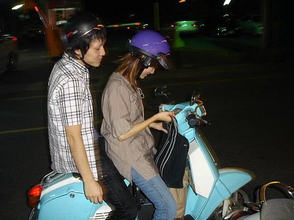 小達要帶我們去逛夜市囉