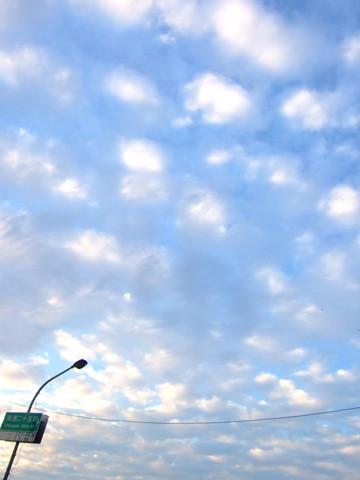雲は描かれてみたいの!