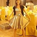 去年參加イルマ姉婚禮的小禮服,喬姐帶我去買的超便宜,好感謝她