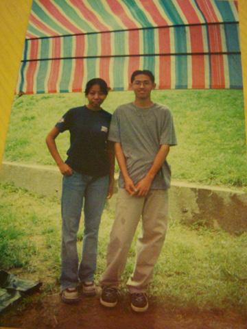 九年前的拼克超愛穿恨天高鞋,痣好哥哥的頭髮也還很濃密