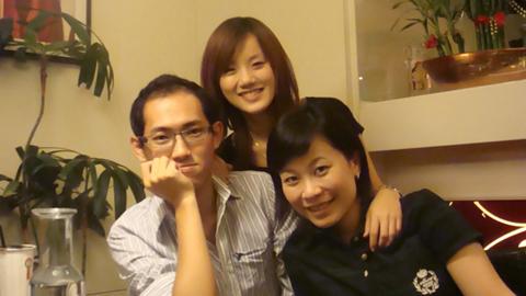 一今特地從台北回來,可惜生日已經過了