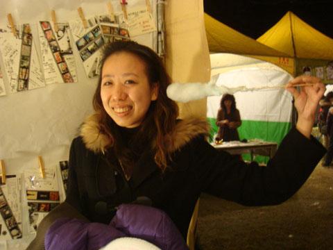 2009第一根棉花糖變身巨型掏耳棉棒
