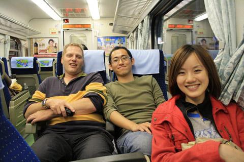 吃完一頓飯就搭火車回台南了...真的只是為了吃而去,真隨性