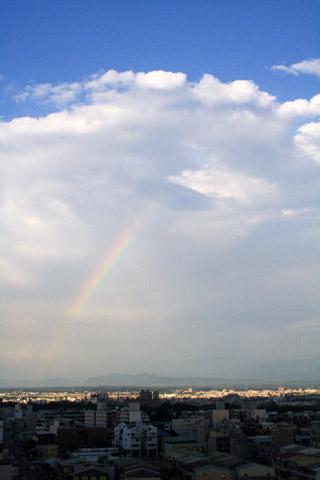 5/21  回家的路上  東邊出現一道彩虹