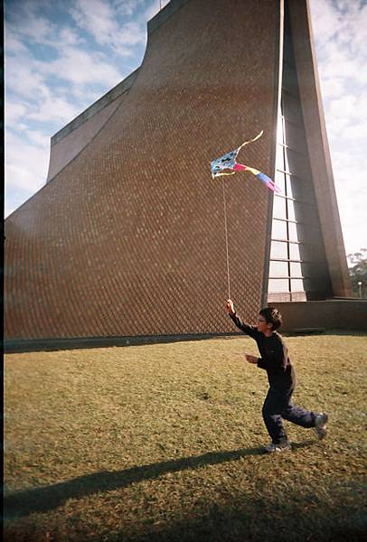 放風箏的少年之 他哥哥
