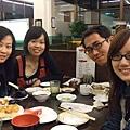 3/1 劉爸爸大手筆請大家吃日本料理吃到飽 我吃最多^^;