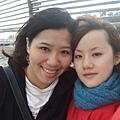 風好大 好久沒和姐一起拍照了!! 她就是瘦臉會騙人!!