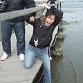 然後我們安排了七股生態一日遊 王珍正想跳海