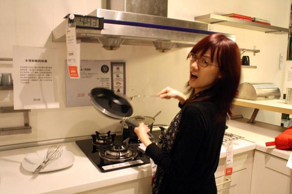 最近開始想學料理了於是對廚房用具很有興趣