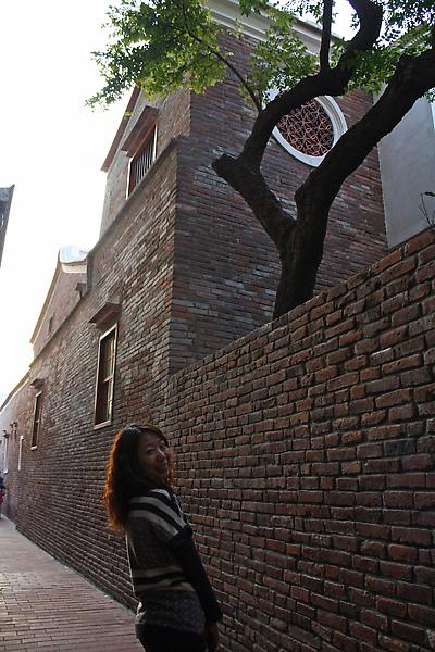 十分有名的意樓與楊桃樹