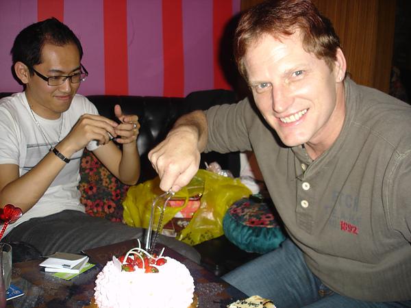 切蛋糕,噓~鼻耳的年齡是秘密!!