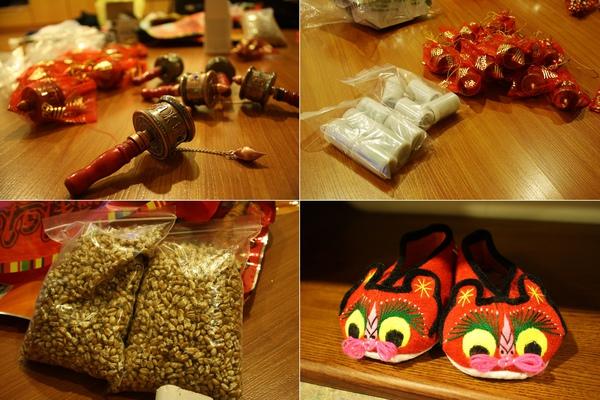 買了:一堆轉經輪送同事、拍十捲底片、青棵米香、手製小紅鞋