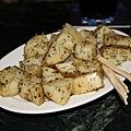 香料烤洋芋是排餐的配菜,由於實在太好吃了所以另外又叫了單點一份~好~好~吃~
