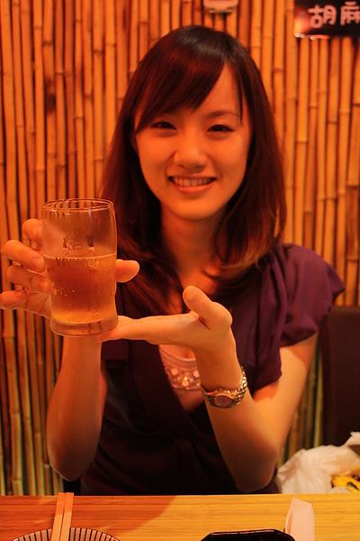 最近愛上asahi,因為這陣子喝金牌都覺得味道太稀了~很像水