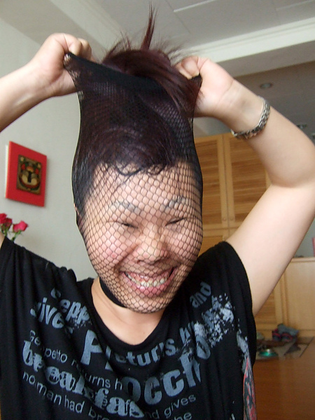 髮網是絲襪的弟弟,玩起來也超有笑果的,有過之而無不及呀~