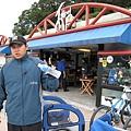 關渡碼頭前的單車店