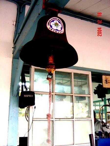 。古老的敲鐘。