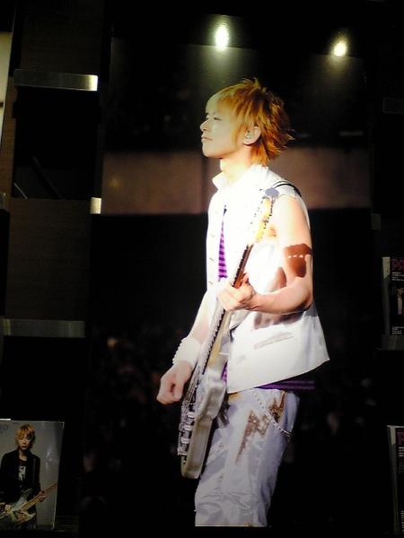 shibuya_jiro.jpg