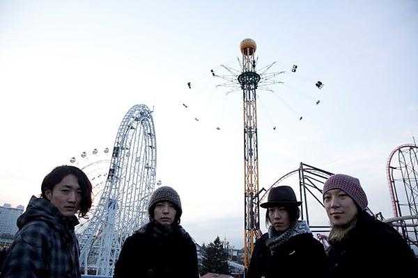 2010_fujifabric.jpg