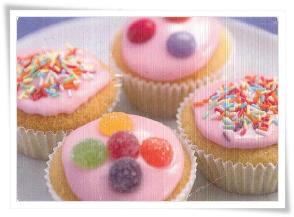 DE_cupcake.jpg