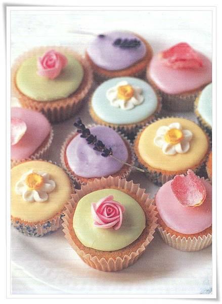 DE-cupcakes.jpg