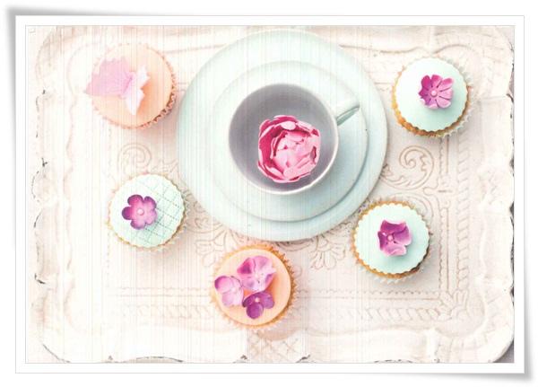 cupcakes_flower.jpg