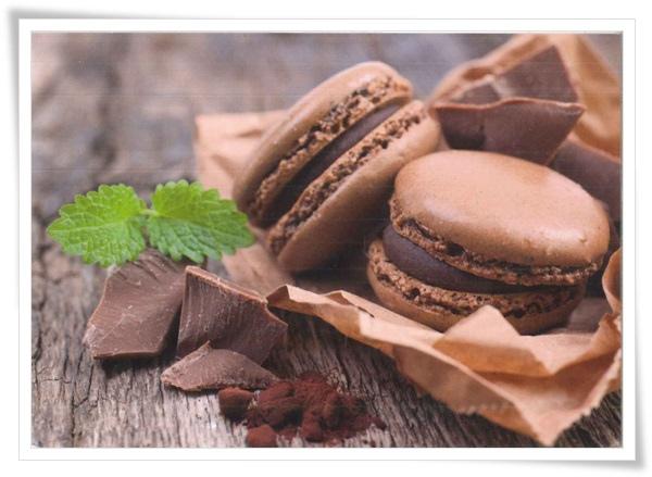 macarons chocolate.jpg