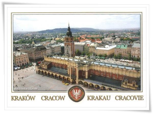 cracow-cloth hall.jpg