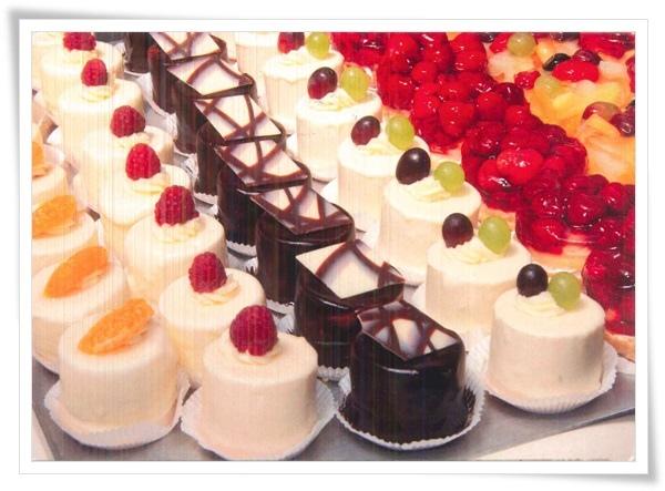 cakes card.jpg