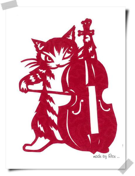 拉大提琴的達洋 紅.jpg