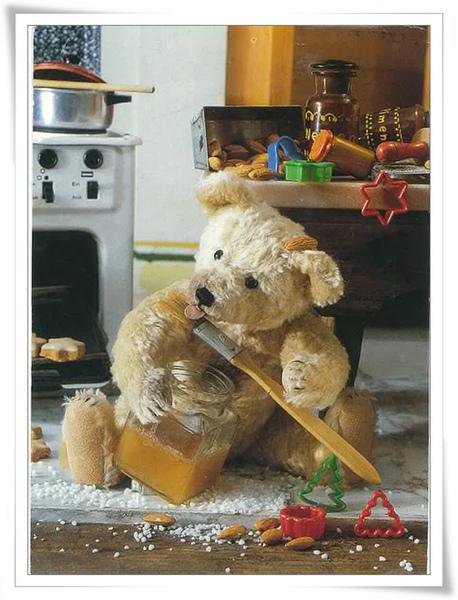 吃蜂蜜的泰迪.jpg