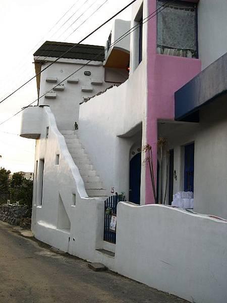 小徑上2樓的樓梯