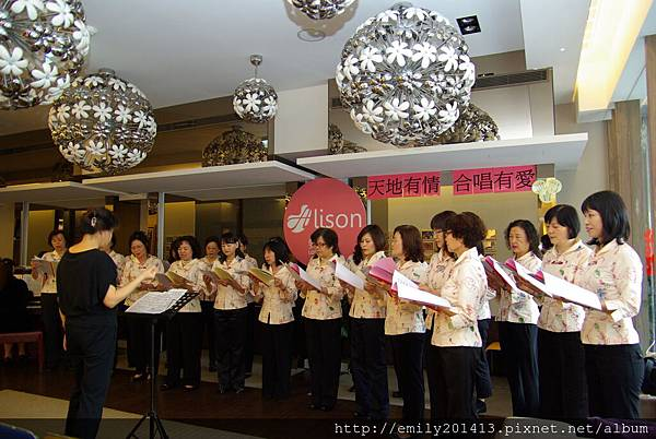 蘆洲愛樂婦女合唱團排演